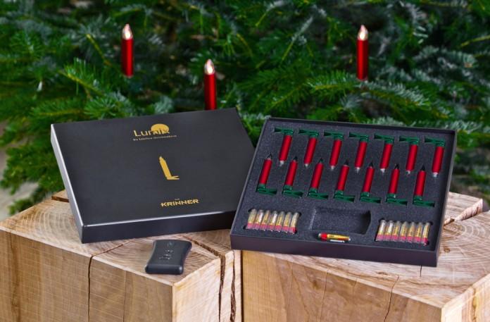 Die LED-Kerzen der Krinner Lumix Deluxe Serie sind in mehreren Farben erhältlich (hier: rot).