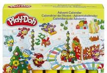 Der Play Doh Adventskalender 2015 enthält fünf Dosen Knete und jede Menge Zubehör.