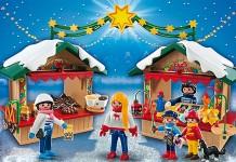 Der Playmobil Weihnachtsmarkt besteht aus zwei Buden und viel Zubehör.