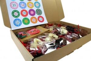 Der Schoko Adventskalender von Meisterschokoladen ist in einem schmucken Karton verpackt.