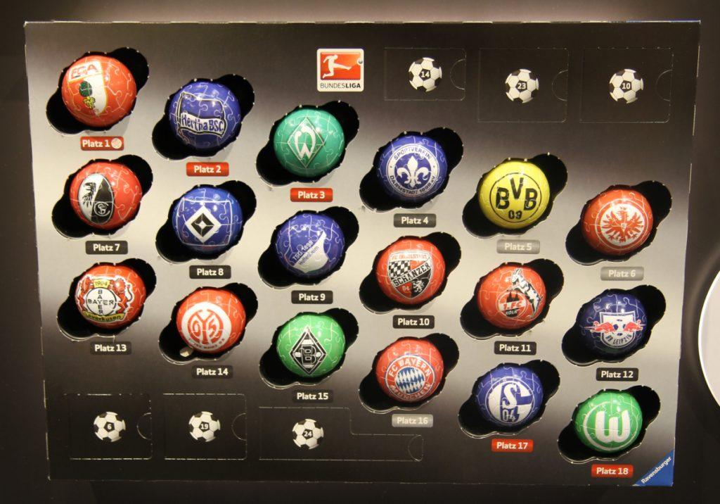 Nach den Feiertagen wird aus dem Bundesliga Adventskalender 2017 von Ravensburger eine 3D-Bundesligatabelle.
